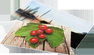 Uskrifter av fotokonst på glas, plåt , akryl, trä m.m. gör i en planoprinter.